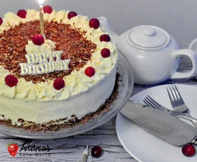 Low-carb Gluten-free Vanilla Chocolate Cranberry Cake