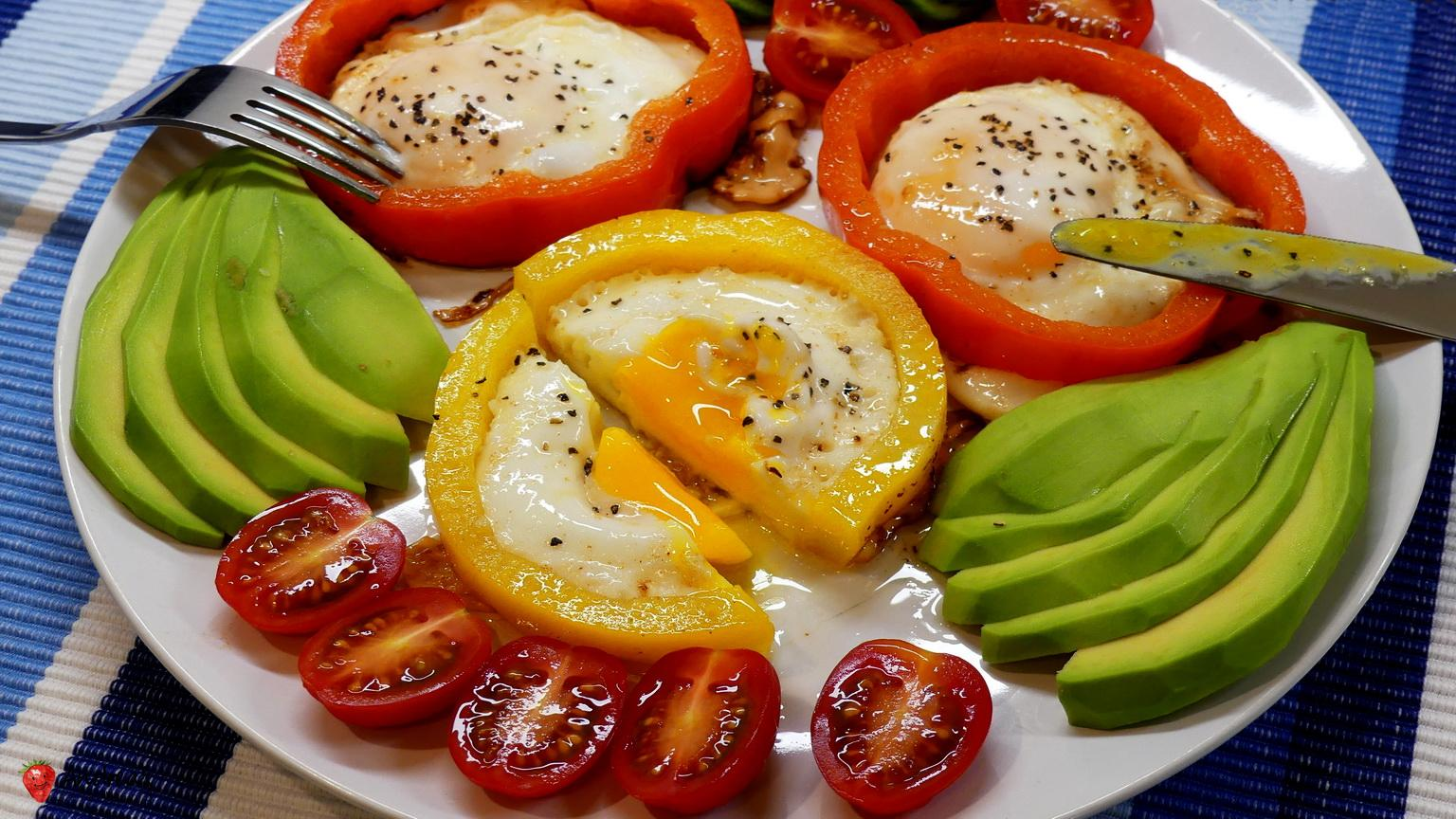 The Best Breakfast You Can Give Your Body - Floral Sunny Side Up Eggs in Bell Pepper